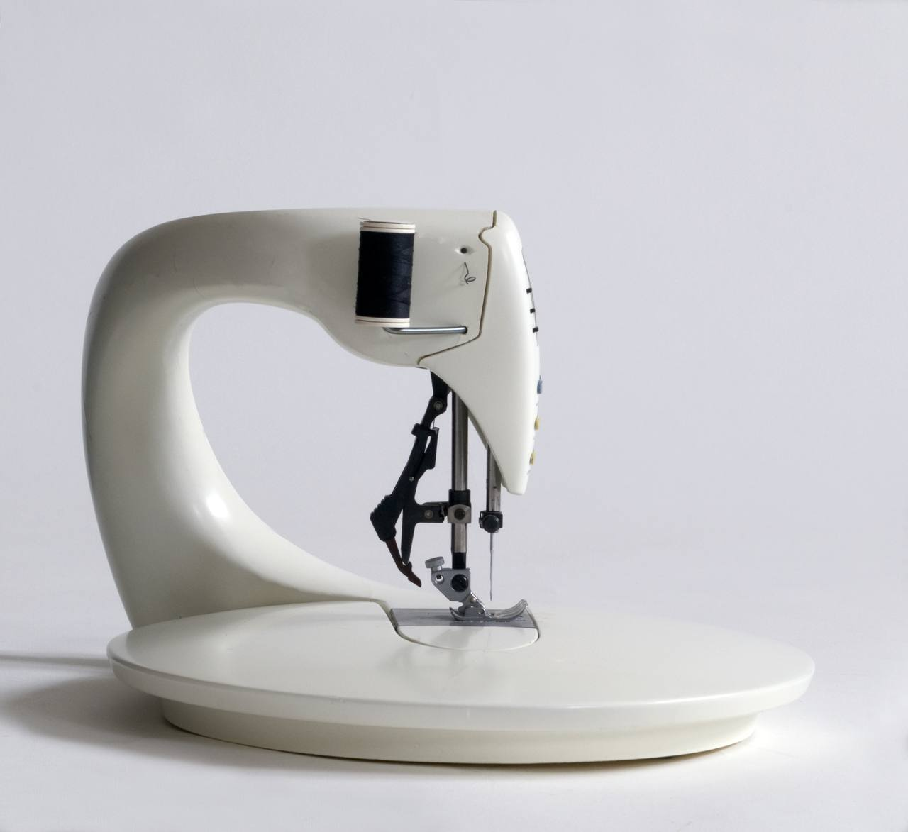 'SEWING MACHINE' / 1993 / for Design Academy Eindhoven